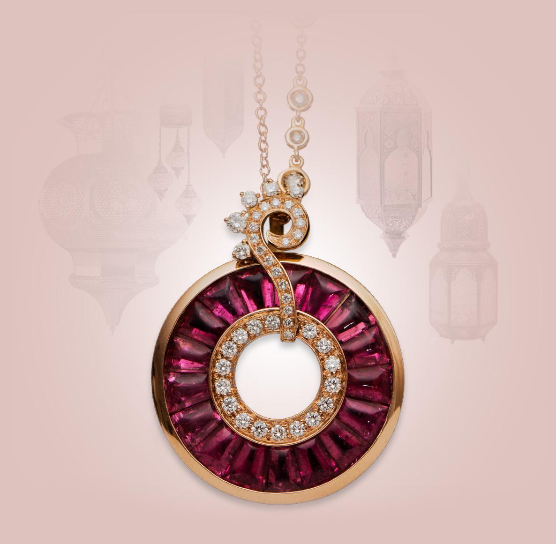 Catena a sfere asimmetriche, oro 18 kt Ciondolo oro rosa 18 kt, diamanti e rubelliti tape